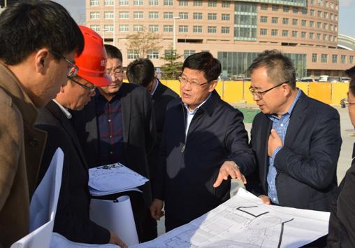 市委领导莅临少年宫工地视察指导工作